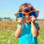Какими должны быть очки от солнца для детей